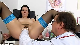 Babe with stockings needs doctors help - gyno porn