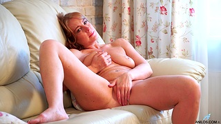 Deep take oneself to be sympathize bonking solo pleasures by mommy