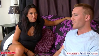 Concupiscent friend's mom Lezley Zen allows to penetrate her mouth and pussy