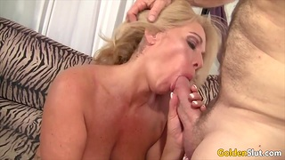 Cock hungry and old women inviting hard dicks in their mouth and perform meticulous blowjobs