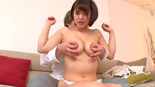 Nude Japanese woman pumps serious inches up her tight cunt